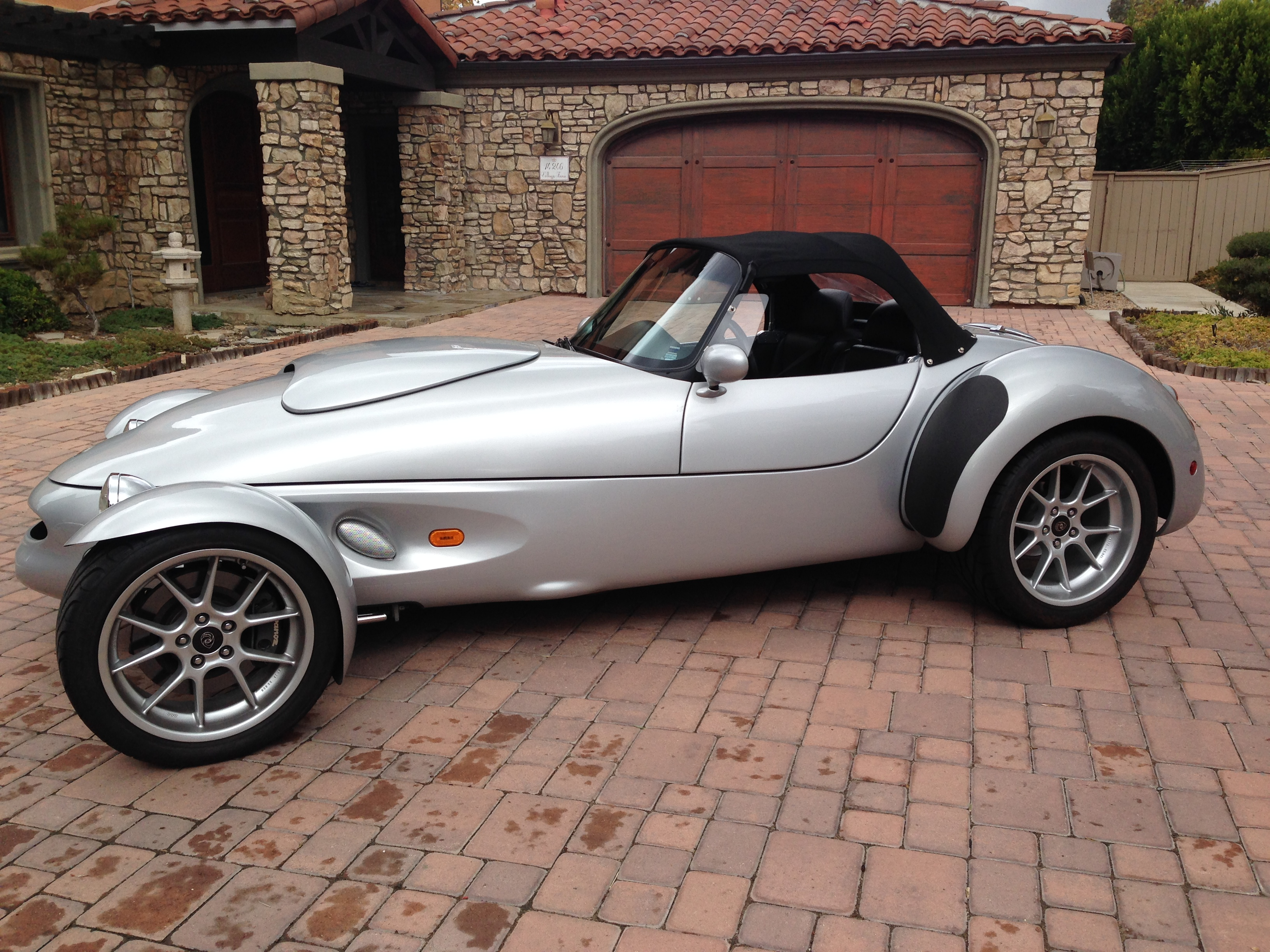 1999 Ford Panoz