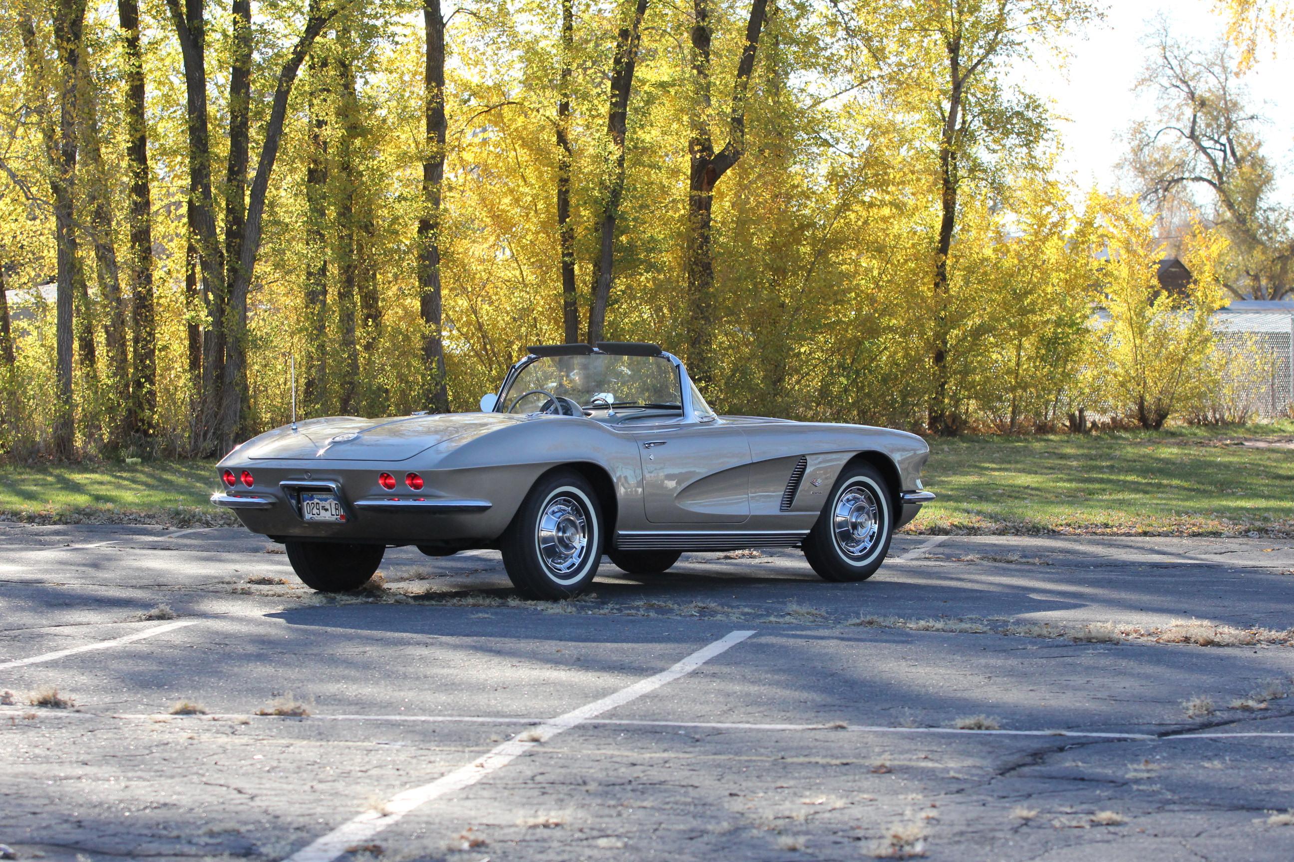 1962 Chevrolet Corvette Fuelie 327/360