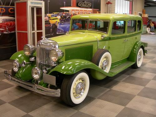 1932 Chrysler 4 Door