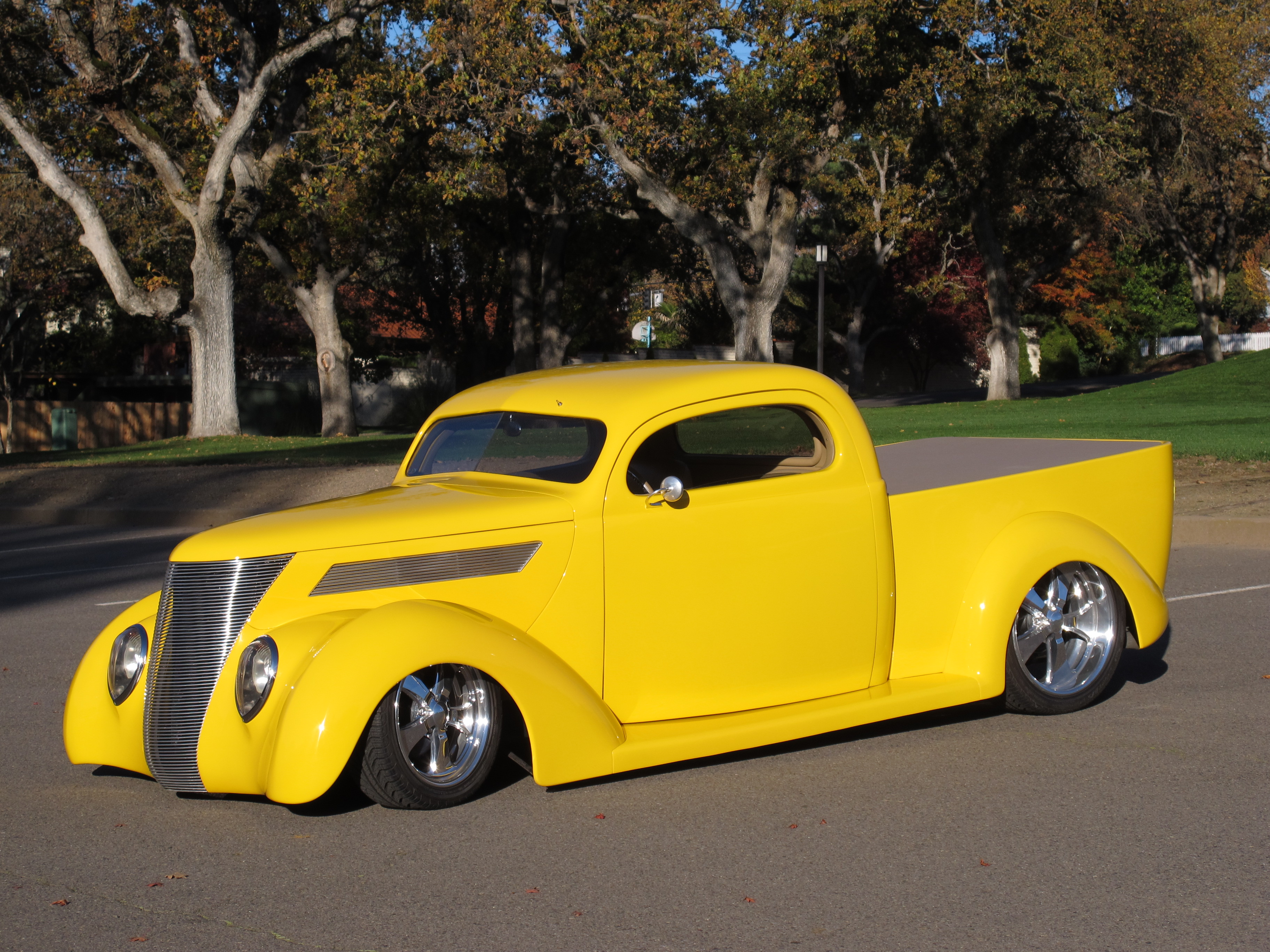 1937 Ford Custom Downs Body