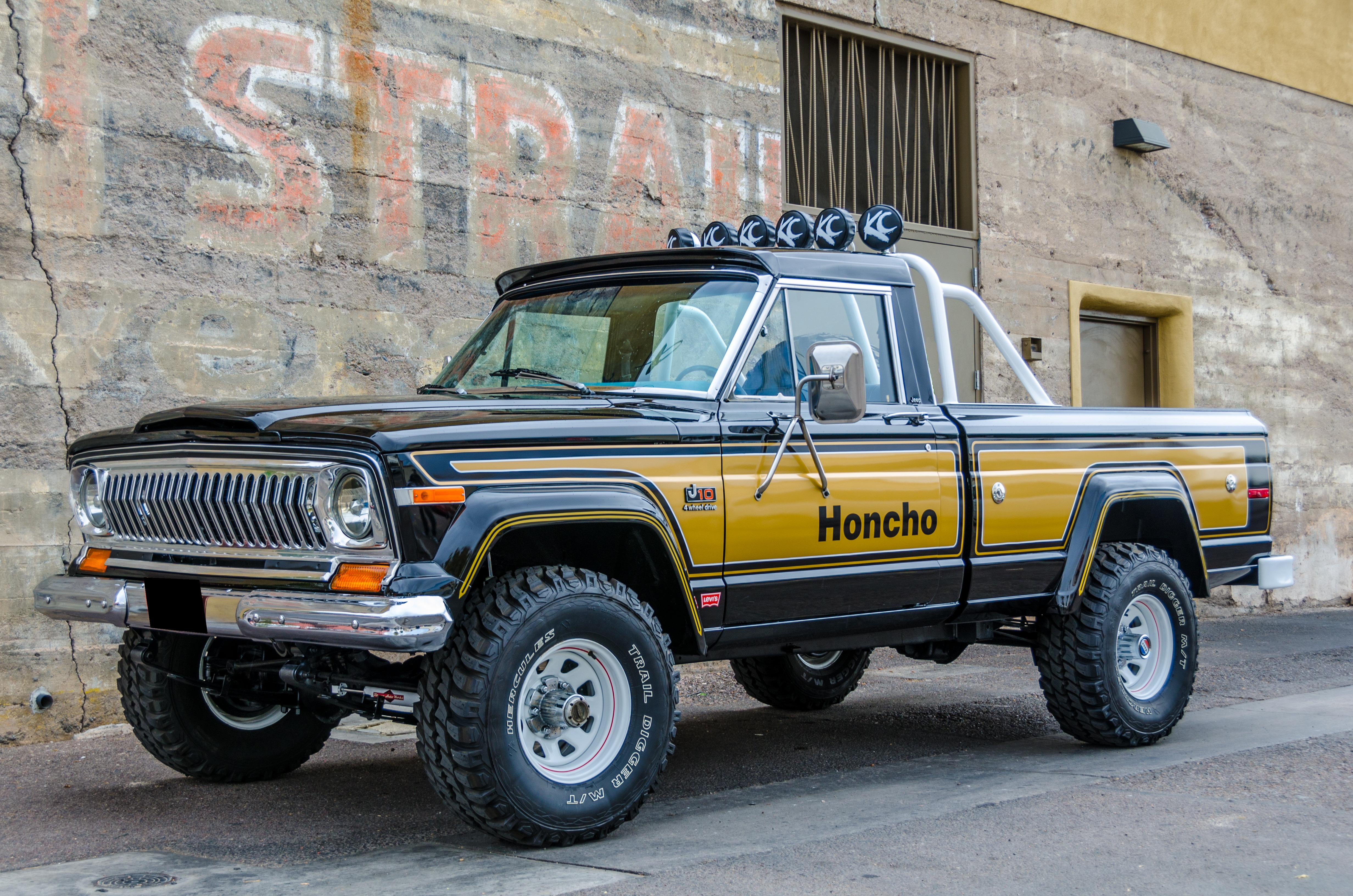 1977 american j10 jeep honcho / levi
