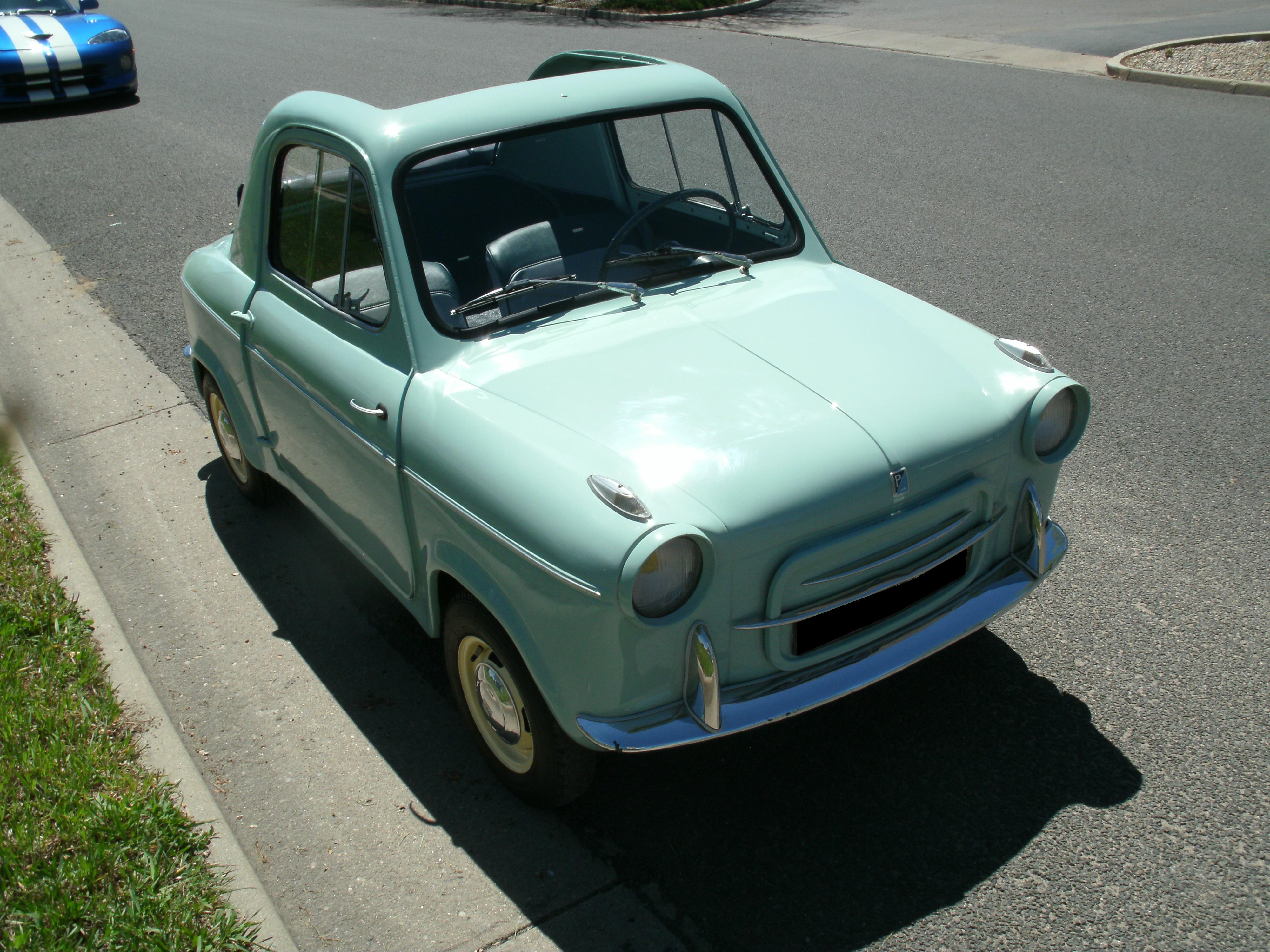 1961 Vespa 400 Coupe