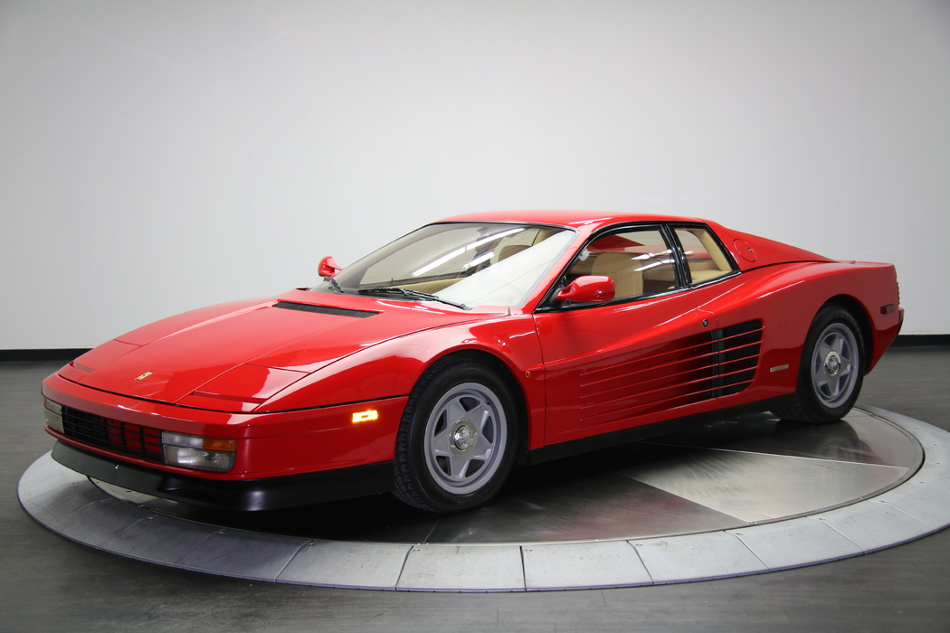 Engine Bay Photo-Ferrari-Testarossa