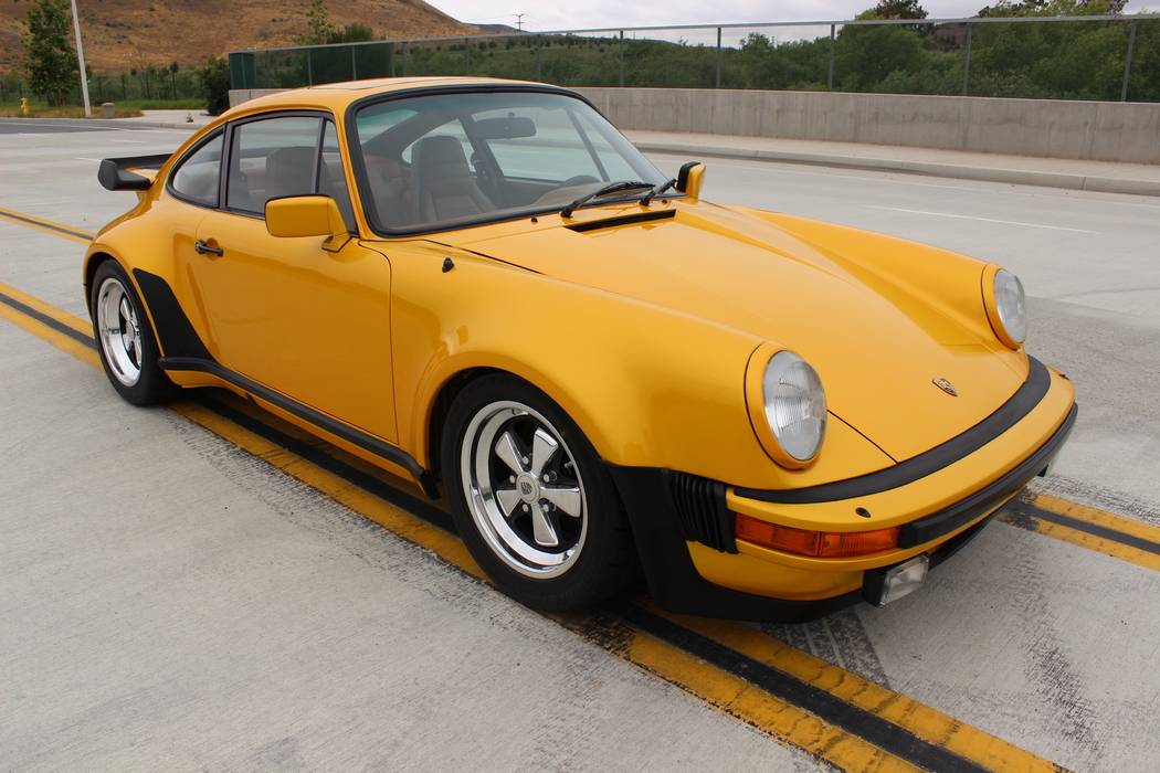 Featured-Porsche-911 Turbo