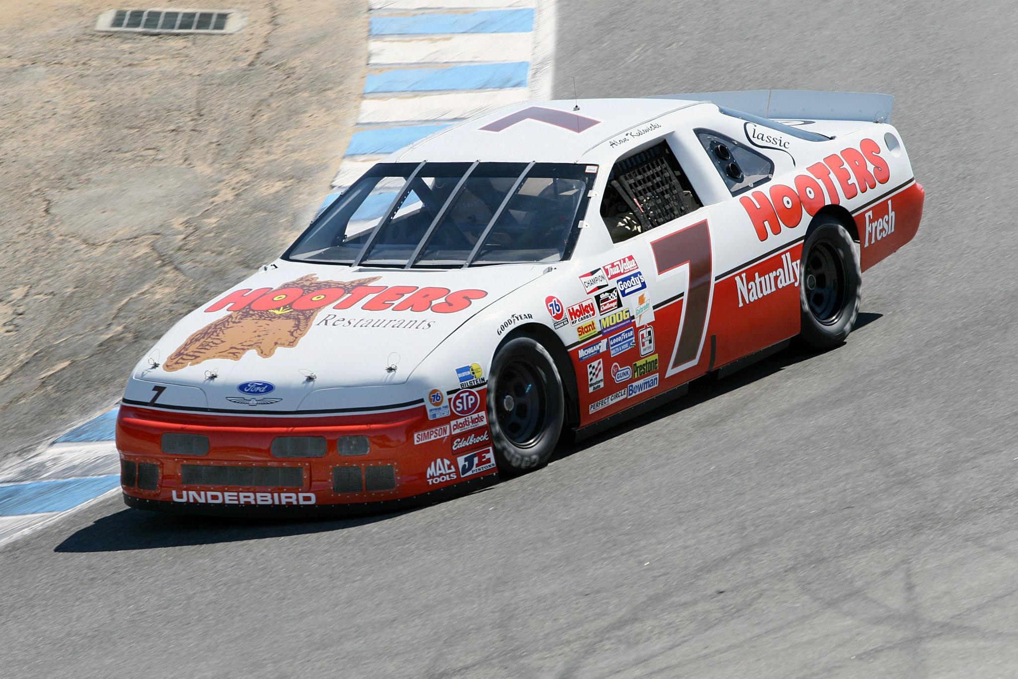 1992 Ford Hooters Thunderbird 'Alan Kulwicki'