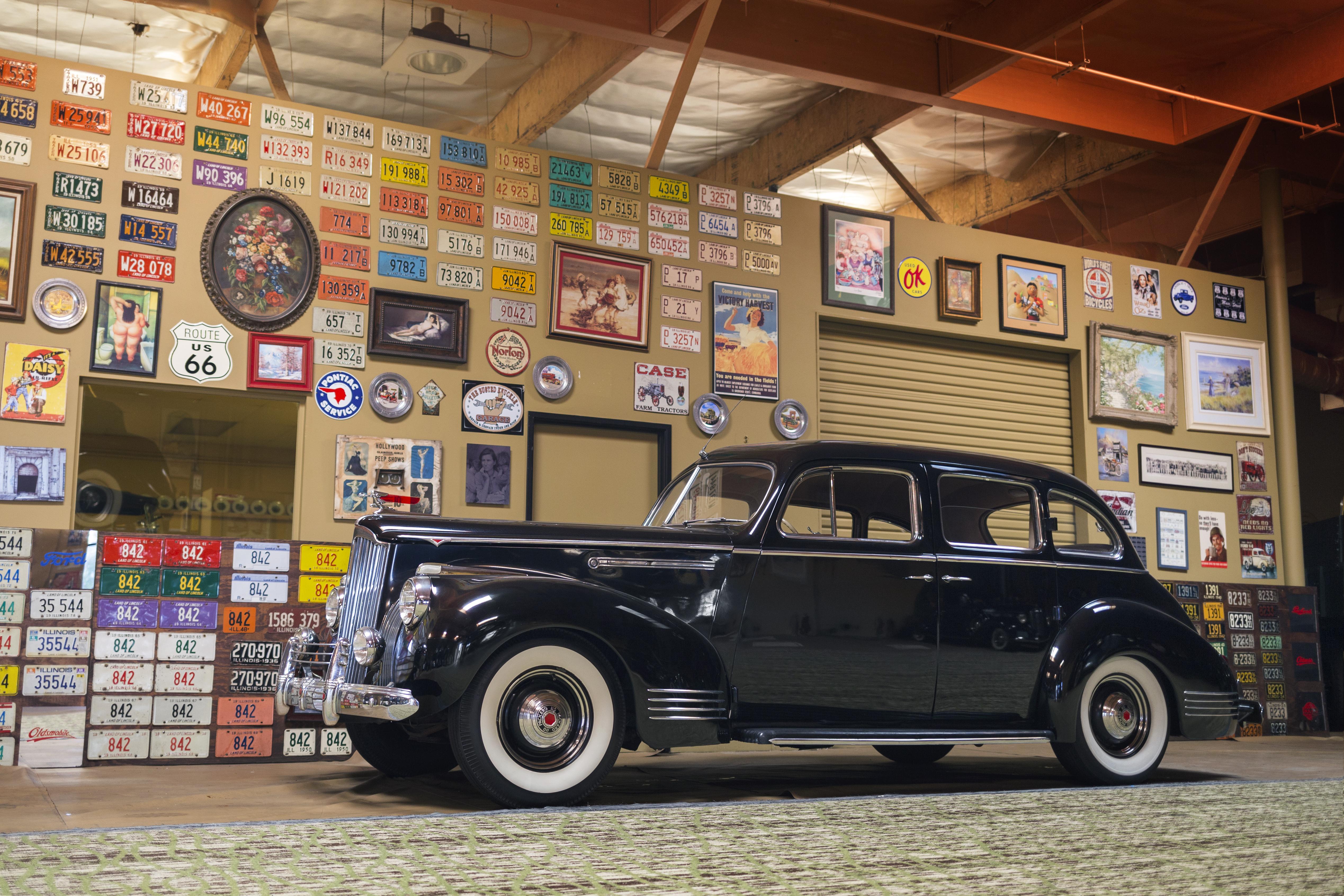 1941 Packard Series 110