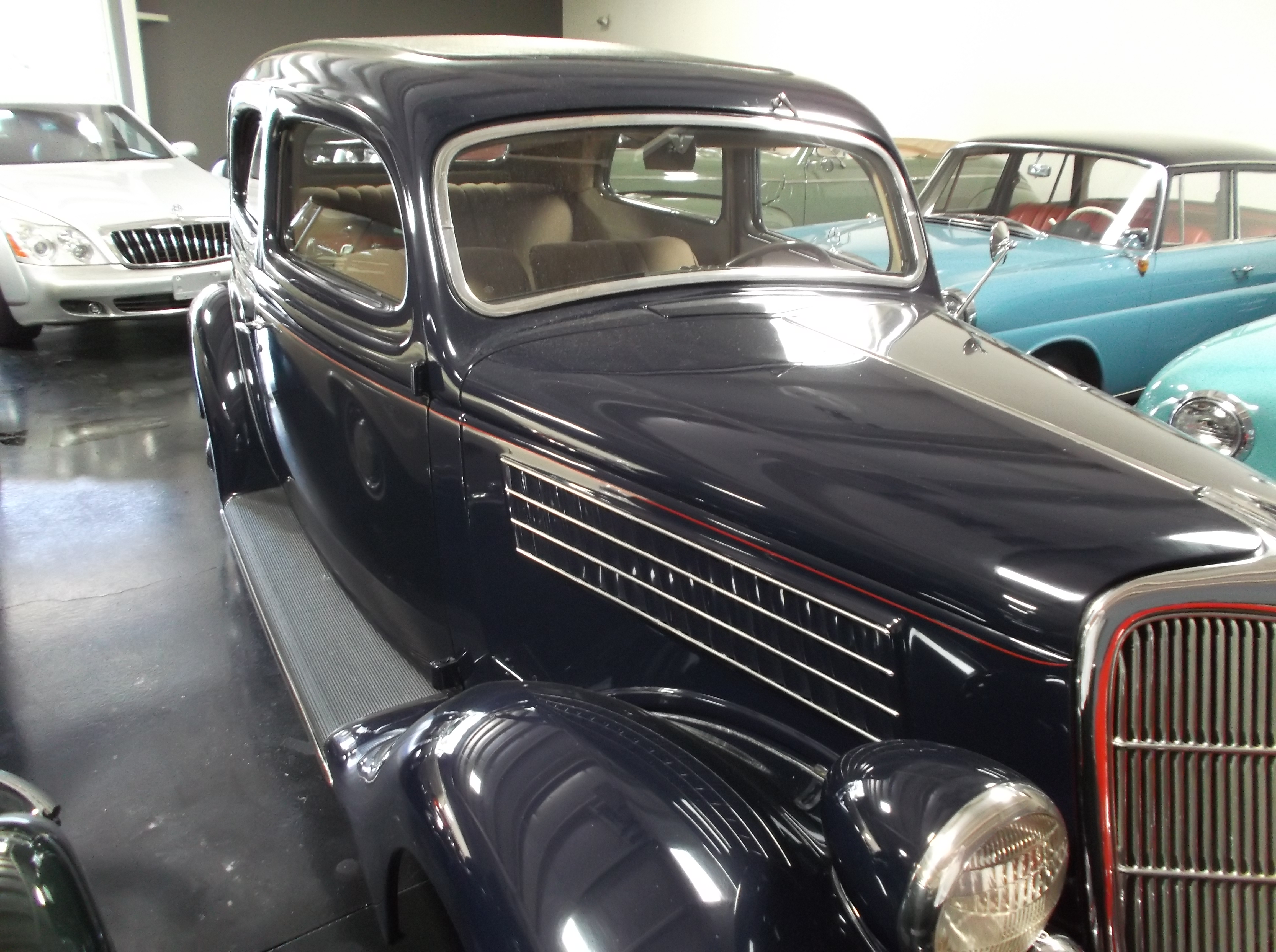 1935 Ford 2 Door Coupe