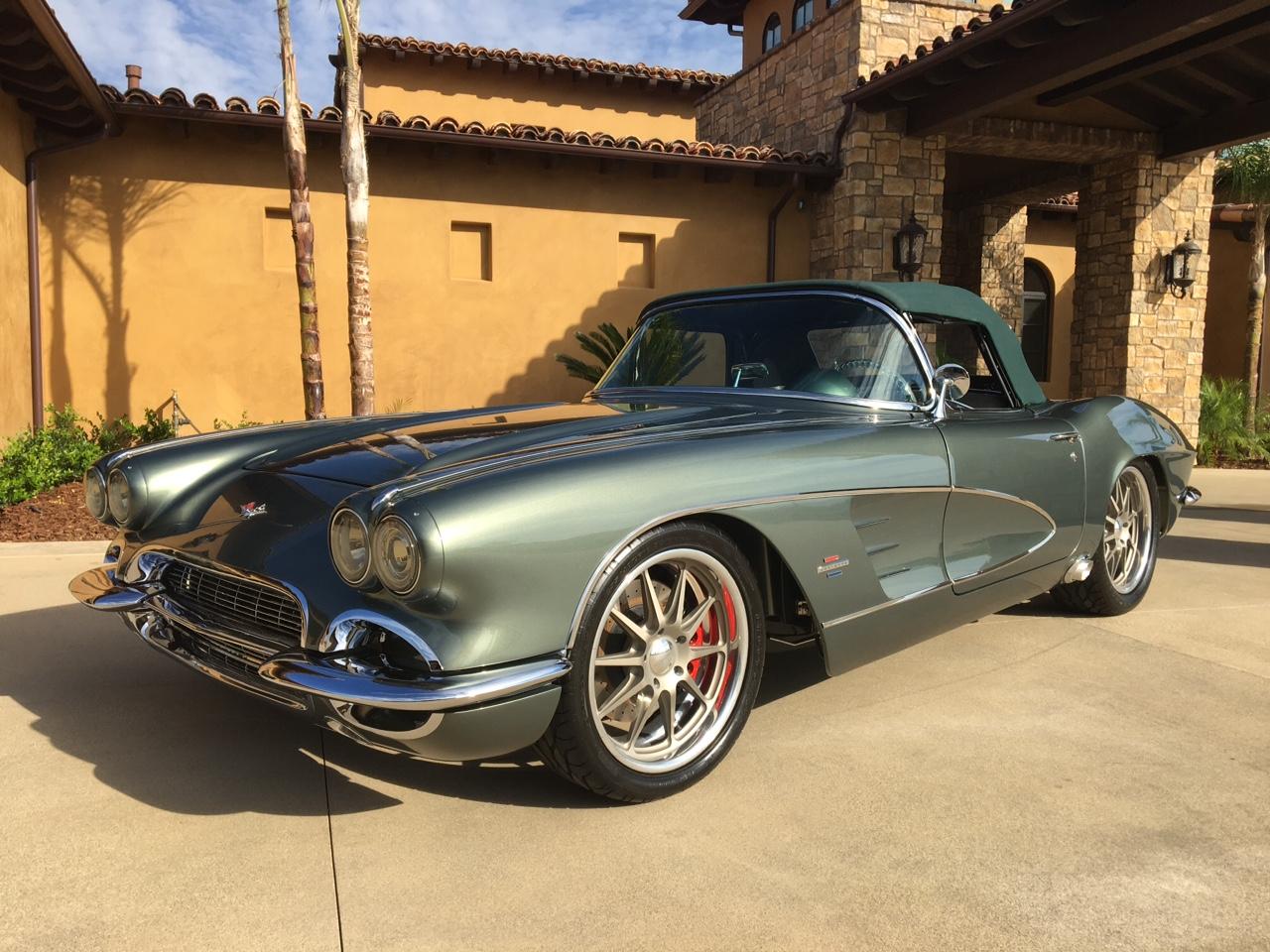 1961 Chevrolet Corvette Custom / Resto